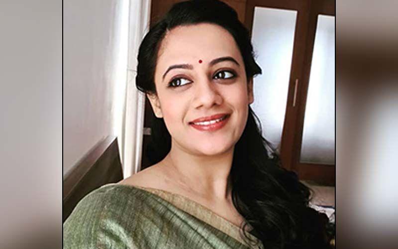 Spruha Joshi Ecstatic For Her Upcoming Release Of Punascha Hari Om