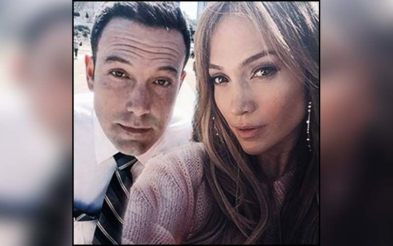 Ben Affleck Pushes Away A Fan Trying To Click Pictures With Jennifer Lopez Without Permission-WATCH