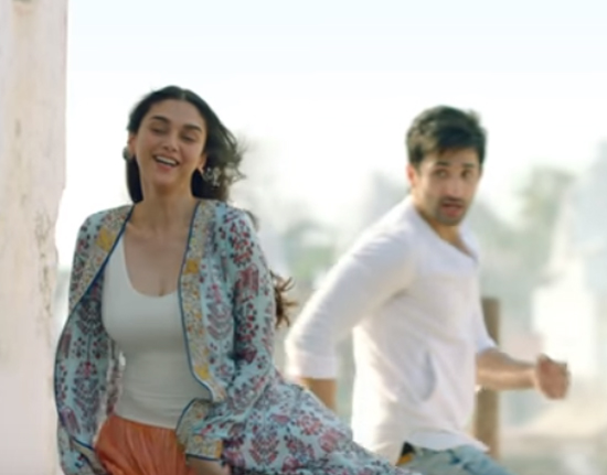 aditi rao hydari and sidhant gupta in bhoomi new song