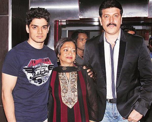 adity pancholi with wife zarina wahab and son sooraj pancholi