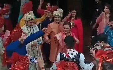 Aditya Narayan-Shweta Agarwal Wedding: Bride And Groom Pick Colour Coordinated Outfits; Reach ISKCON Temple With Dhol For Rituals-WATCH VIDEO