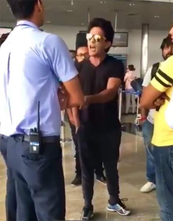 aditya narayan ugly spat at raipur airport