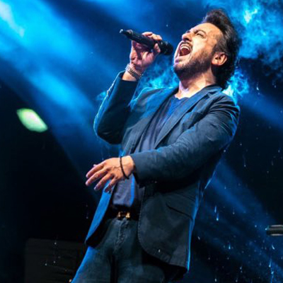 adnan sami singing on stage his famous songs