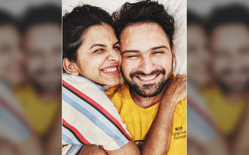 Adorable Couple Siddharth Chandekar And Mitali Mayekar Get Cozy On Their Vacation Together