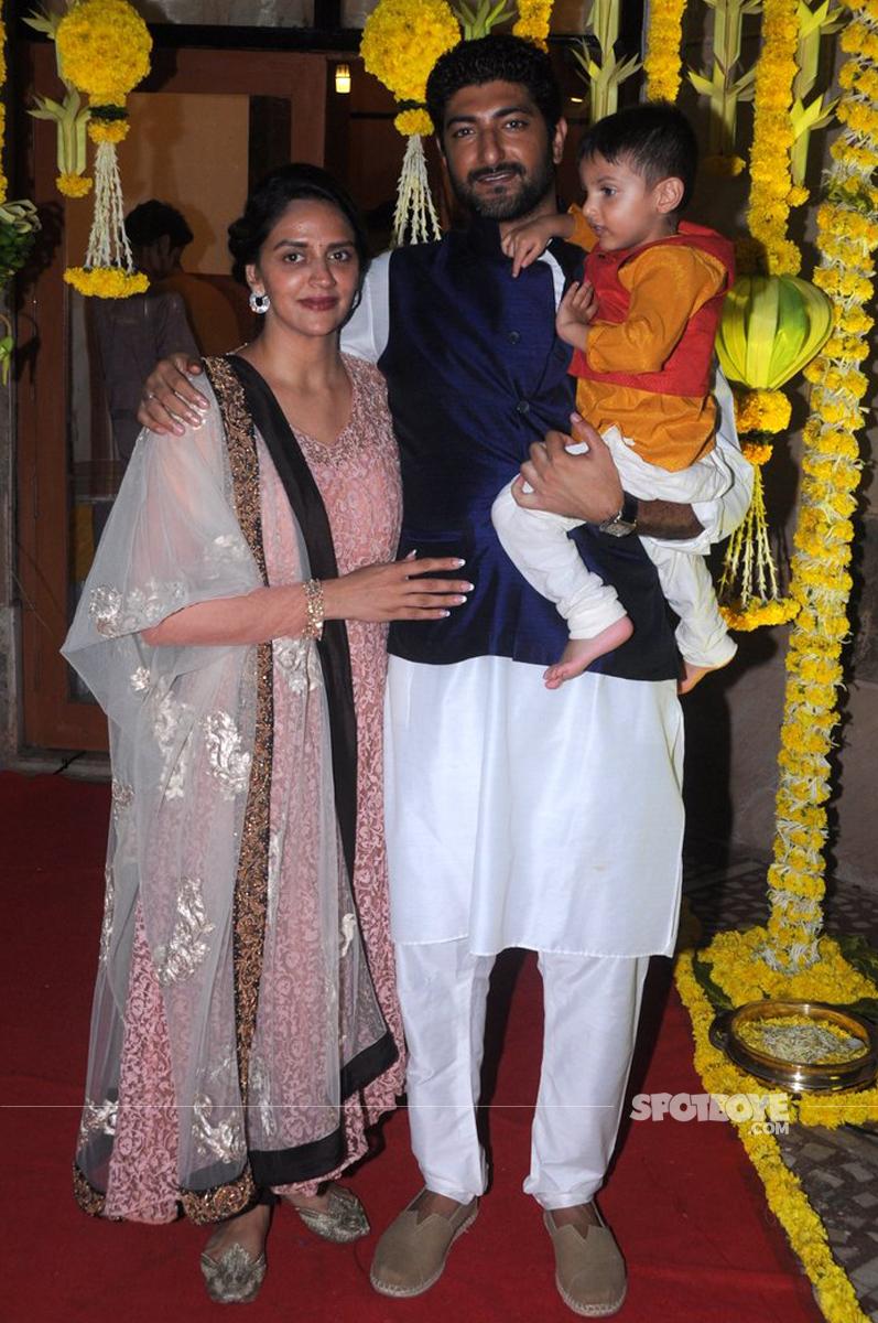 ahaana deol on sister esha godbharai session