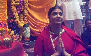 SEE PICS: Aishwarya Rai Bachchan Offers Prayers  To Lalbaugcha Raja