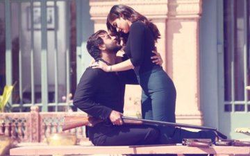 Baadshaho First Song Look: Ajay Devgn & Ileana D'Cruz Look Lost In Love In 'Mere Rashke Qamar'