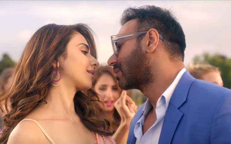 De De Pyaar De Song, Vaddi Sharaban: Rakul Preet Is A Total Wooer, Ajay Devgn Can't Take His Eyes Off!