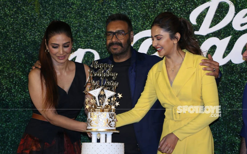 De De Pyaar De Trailer Launch: Ajay Devgn Celebrates His Birthday With Tabu, Rakul Preet Singh