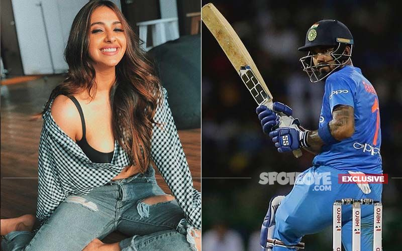 Akansha Ranjan Bowled Over By KL Rahul; Spotted Praying With Him In Mount Mary Church For Winning World Cup '19