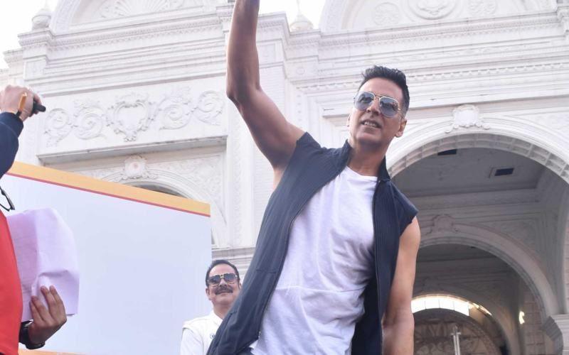 चक्रवाती तूफान 'फानी' से प्रभावित लोगों की मदद के लिए सामने अक्षय कुमार, इतने करोड़ का किया दान