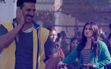 Toilet-Ek Prem Katha's Hans Mat Pagli: Akshay Kumar & Bhumi Pednekar's Romance Is Captivating