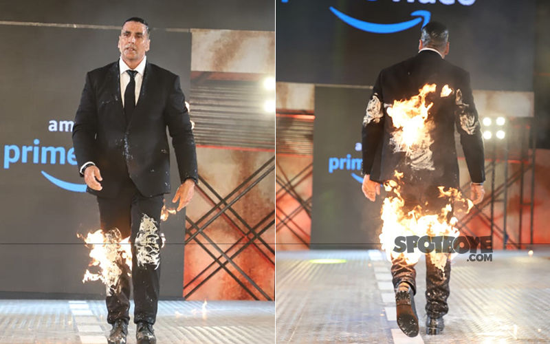 Akshay Kumar Makes The Special Announcement With A Bang; Sets The Ramp Ablaze