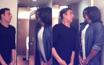 Akshay Kumar & Ranveer Singh's Hilarious Take On Toilet: Ek Prem Katha's Grand Opening