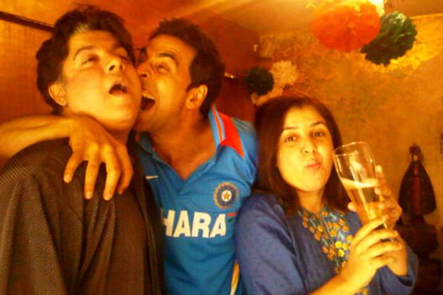 akshay kumar with sajid khan and farah khan