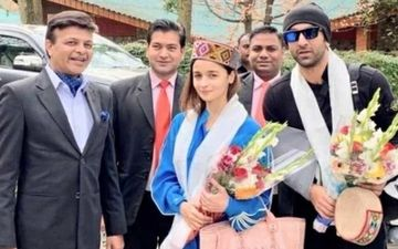 Ahead Of Brahmastra Shoot Alia Bhatt And Ranbir Kapoor Get A Warm Manali Welcome By The Locals