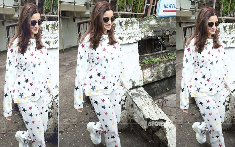 Alia Bhatt's Star-Spangled Sleepwear Comes At A Price Tag Of Rs 22,000 - In Case You Were Wondering!