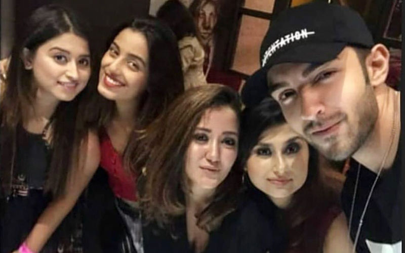 """Amidst Break-Up Rumours, Rohit Suchanti Posts A Group Picture With Srishty Rode; Calls Them """"Mad"""""""