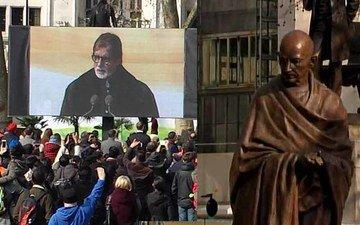Amitabh Unveils Gandhi's Statue