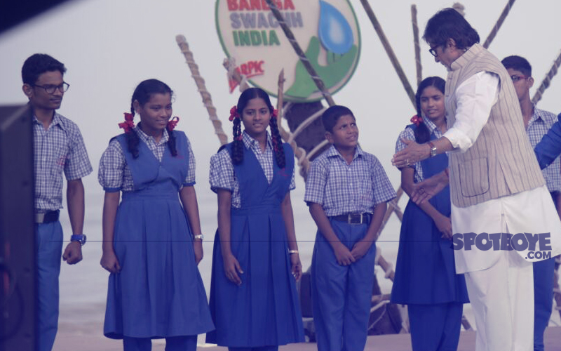 amitabh bachchan talks to kids