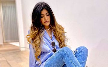 Singing Sensation Ananya Birla Makes Music On The Spot When In Self-Quarantine; Calls It, 'Real, Raw, Unfiltered'