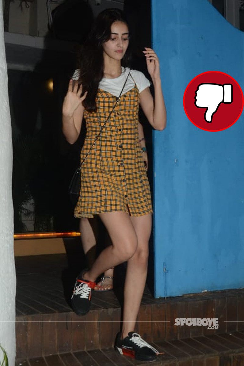 ananya panday snapped post dinner