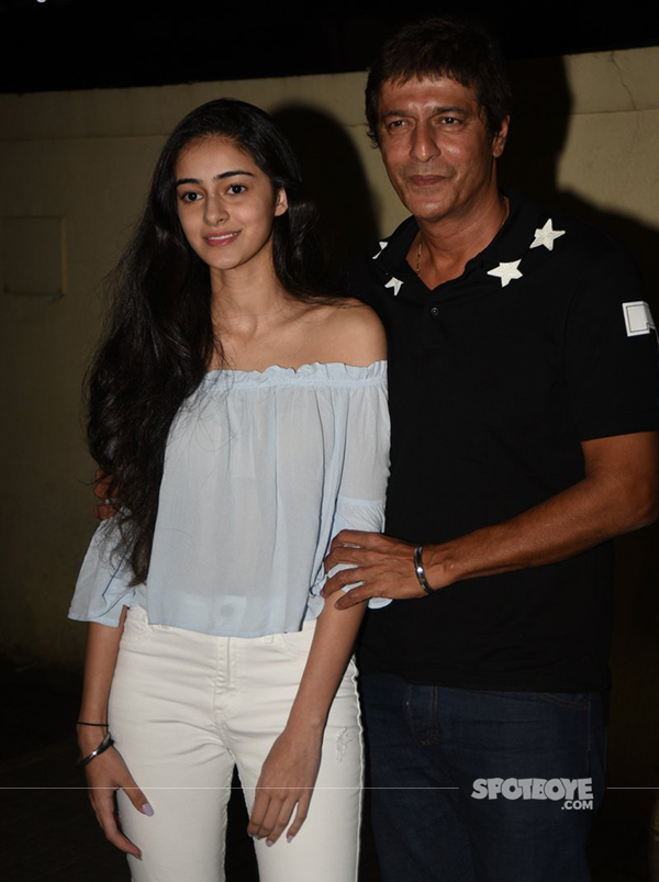 ananya with dad chunky pandey