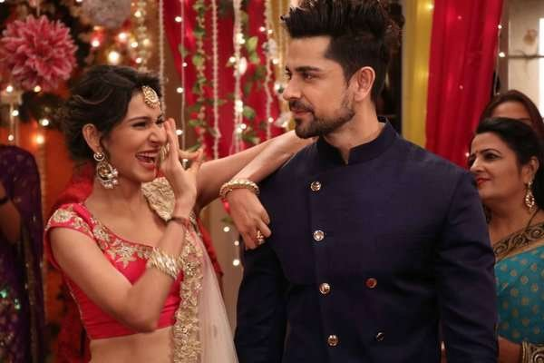 aneri vajani and piyush sahdev in beyhadh
