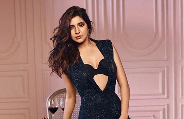 anushka sharma cute