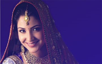 Here Are 9 BRIDAL Pictures Of Anushka Sharma...