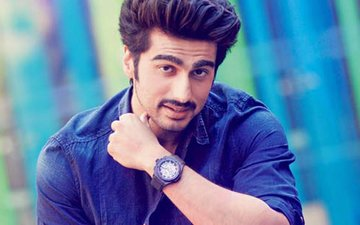 Arjun Kapoor Introduces His Real Life Half-Girlfriend To The World