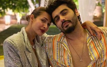 Malaika Arora Turns Photographer For Beau Arjun Kapoor; Latter Shares A Oh-So-Dreamy Snap With Picture Credits