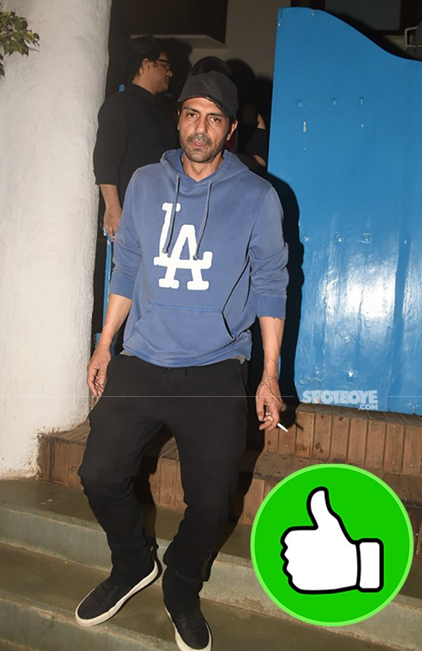 arjun rampal snapped post dinner at olive bandra