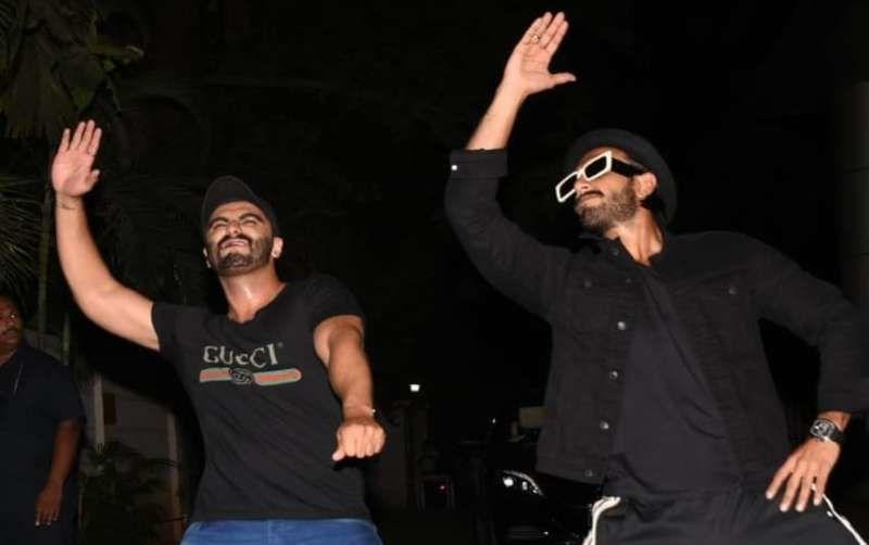 'इंडियाज मोस्ट वांटेड' की स्क्रीनिंग पर रणवीर सिंह और अर्जुन कपूर ने की जमकर मस्ती