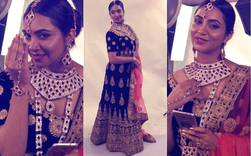 Bigg Boss 11's Arshi Khan Turns Bride. Click Here For More Pictures