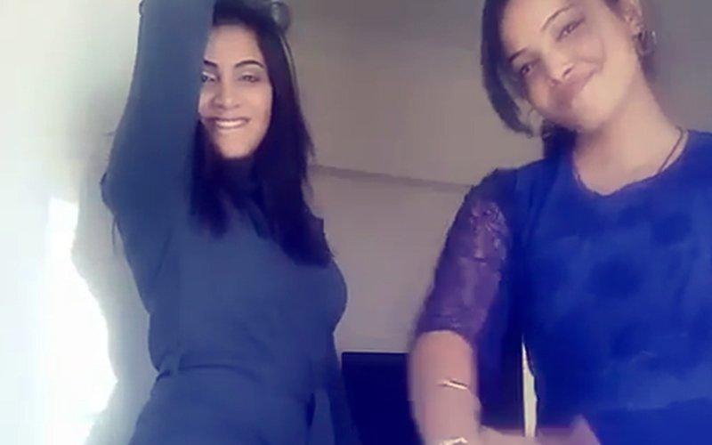 Bigg Boss 11: Arshi Khan & Jyoti Kumari's MOVES Will Set Your Mood To Party!