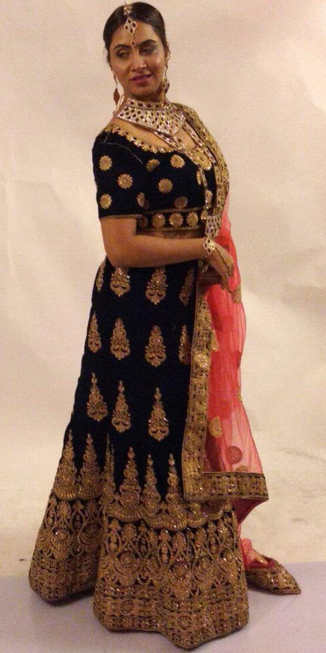 arshi khan looks stunning