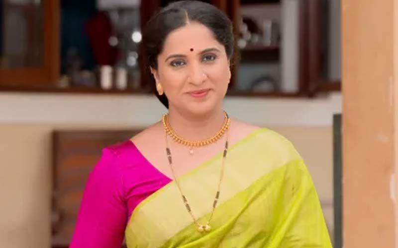 Aai Kuthe Kai Karte, May 25th, 2021, Written Updates Of Full Episode: Sanjana And Ankita Fail At Making Dinner, Arundhati Has To Take Over