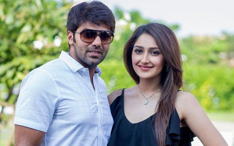 Arya and Sayyeshaa Sehgal Get MARRIED, Keep It Low-key