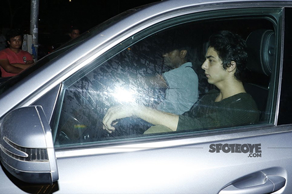 aryan khan at arth lounge opening bash