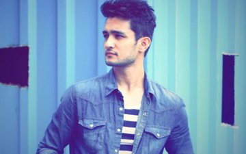 Shab Actor Ashish Bisht On Casting Couch: I Would Often Get Calls From Ladies Who Wanted To Talk Dirty Over The Phone