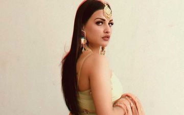 Trouble In Paradise? Himanshi Khurana Shares Yet Another Cryptic Message About Sharing Opinion And Raising Voice; Is She Aiming At Someone?