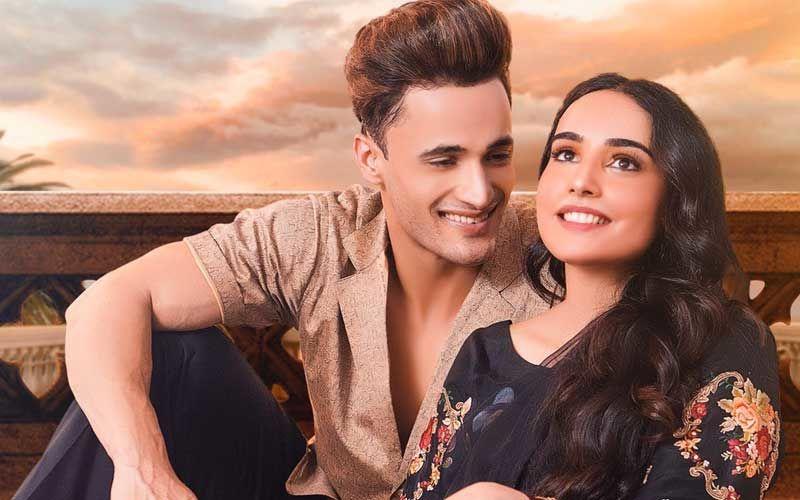 Teri Gali Poster: After Romancing Girlfriend Himanshi Khurana, Asim Riaz Has His Eyes Hooked On Barbie Maan