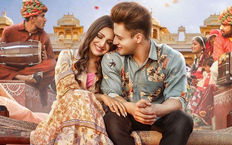 A Day Before Asim Riaz-Himanshi Khurana's Kalla Sohna Nai Music Video Hits The Internet, #AsiManshiDebut Takes Over Twitter