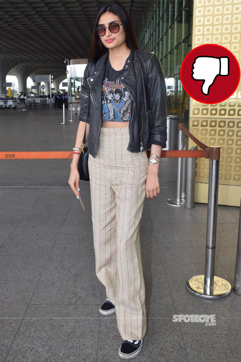 athiya shetty at the airport