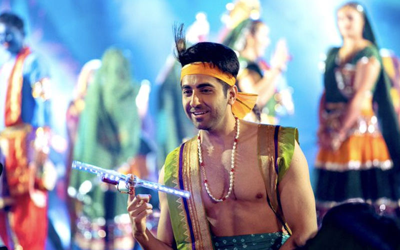 Dream Girl Radhe Radhe Song Still: Ayushmann Khurrana As Krishan Kahaniya Is The Cutest Thing You Will See On Janmashtami