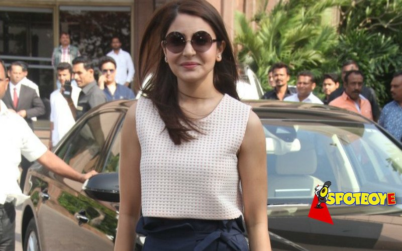 Anushka 'rocks' her look