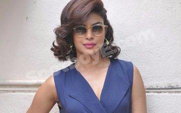 Priyanka Chopra reunites with her Quantico co-stars
