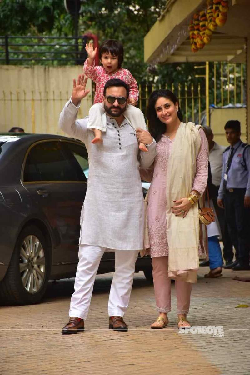 Kareena Kapoor Khan and Saif Ali Khan with Taimur Ali Khan