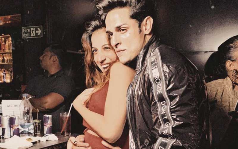 Benafsha Soonawalla Shares Throwback Picture With BF Priyank Sharma; Tells Fans, 'Find Someone Who Treats You Like A Queen'